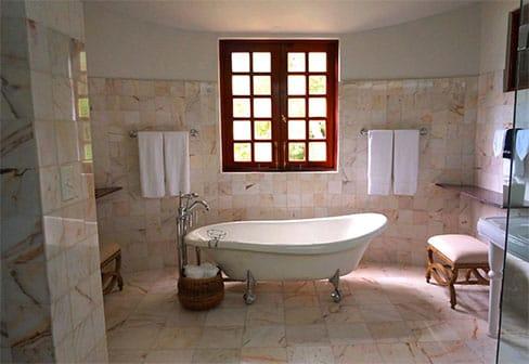 Porcelain Floor Tiles Versus Natural