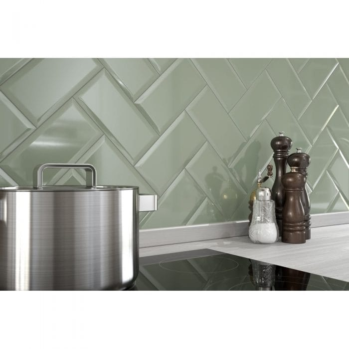 Kitchen tiles and pan