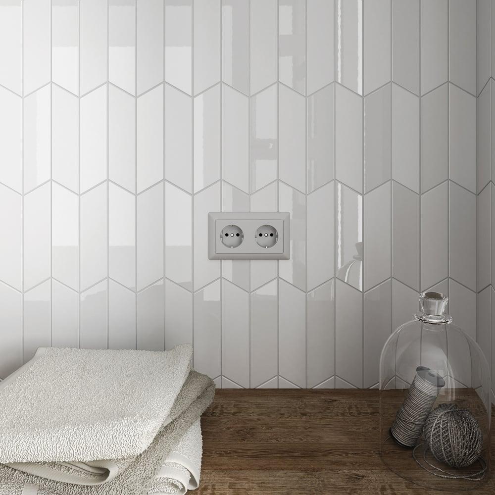 Chevron White Matt Right 18 6 X 5 2cm Wall Tile Per Box