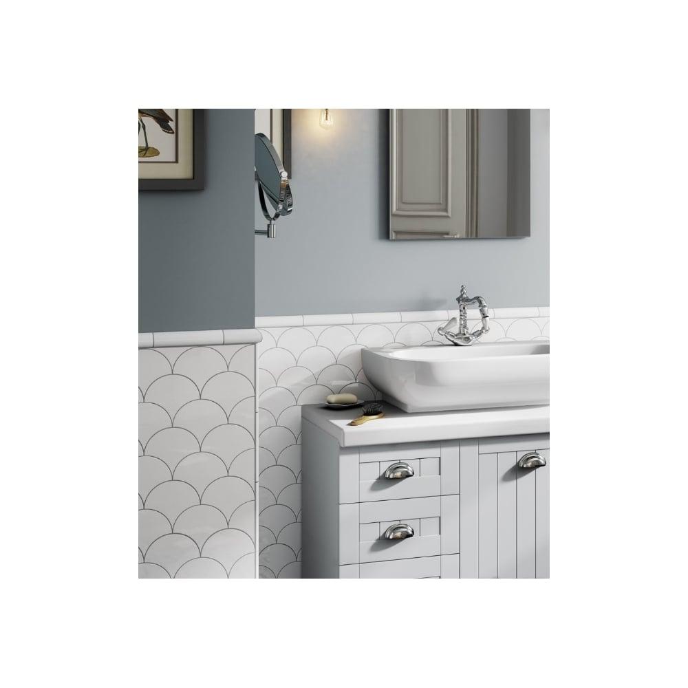 fan tile. fan white matt 10.6cm x 12cm wall tile i